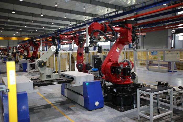 工厂里的机器人